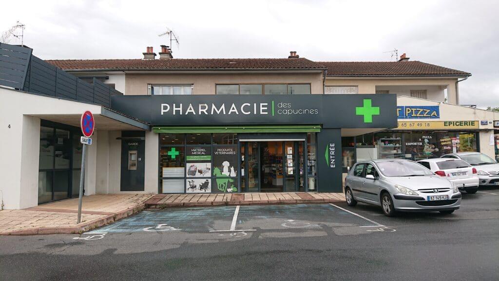 Façade Grande Pharmacie Des Capucines